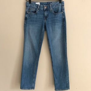 GAP Light Wash Real Straight Jeans - 26
